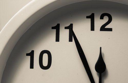 Zerstört unser Zeitverständnis die Demokratie?